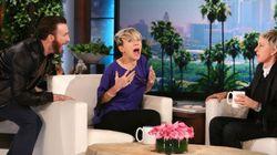 Engraçadinho, Chris Evans dá susto em Scarlett Johansson... ao
