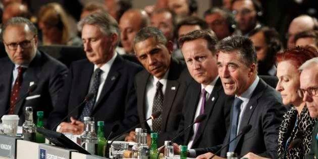 Líderes da Otan concordam em impor novas sanções contra a Rússia e secretário-geral acusa país de invadir...