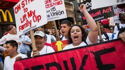 Mais de 500 funcionários de fast food são presos por