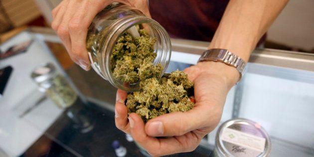 Cidade da Califórnia aprova lei que garante maconha medicinal gratuita à população de baixa