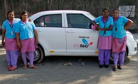 Índia incentivará motoristas de táxi mulheres após acusação de estupro do