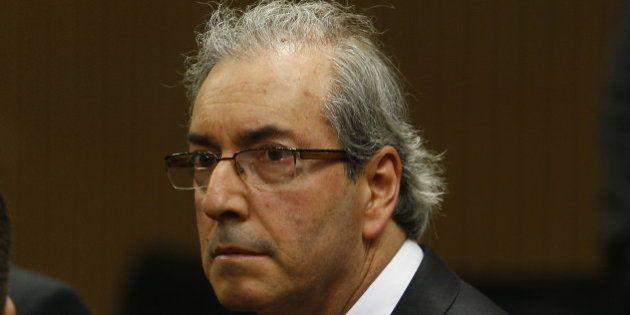 Eduardo Cunha abre espaço para a oposição e negocia o comando da Comissão de Finanças com o