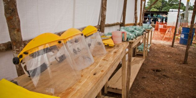 Cidadãos de Serra Leoa ficarão em confinamento para conter