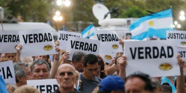 Caso Alberto Nisman: Milhares de argentinos saem às ruas para pedir justiça por morte de
