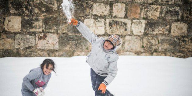 Nevasca atinge Oriente Médio e provoca transtornos na região