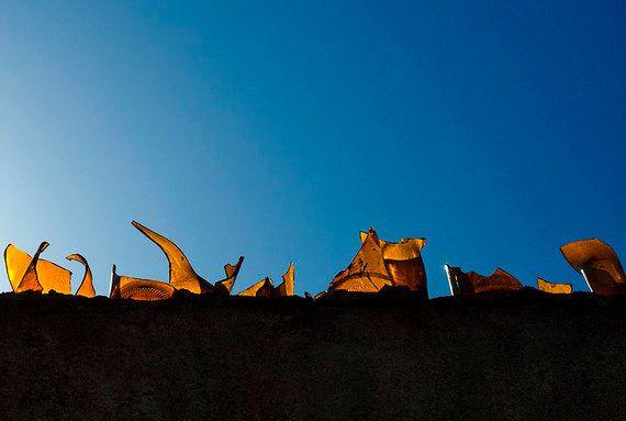 Muros cheios de cacos: