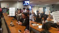 No Senado, professores do PR relembram massacre; Tucanos tentam defender ação da