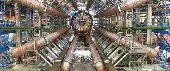 Bóson de Higgs poderia destruir o Universo, diz Stephen