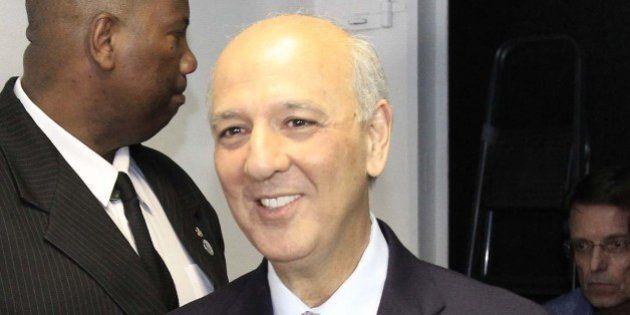 Ficha suja e derrotado na Justiça, José Roberto Arruda ainda lidera disputa ao governo do Distrito