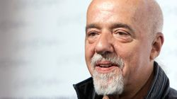 Paulo Coelho oferece 100 mil dólares para exibir 'A