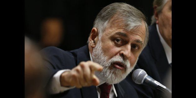 Ex-diretor Paulo Roberto Costa citou 28 políticos beneficiários do esquema de corrupcão na Petrobras....