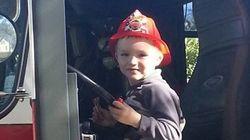 A internet - e a polícia e os bombeiros - fizeram o aniversário deste garoto