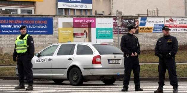 Tiroteio provocado por idoso em restaurante na República Checa deixa pelo menos oito