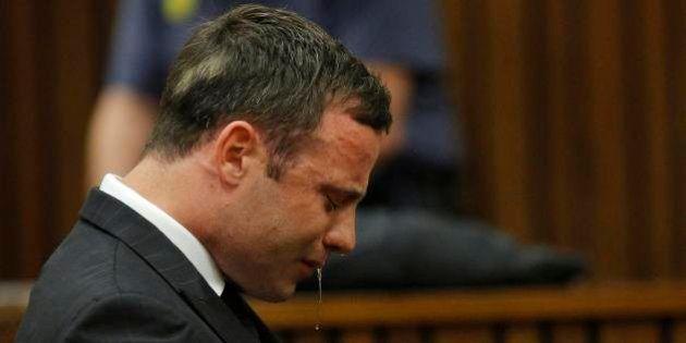 Juíza sul-africana absolve Pistorius de todas as acusações de homicídio