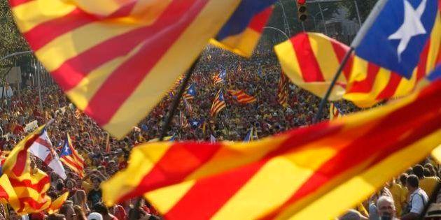 Catalães protestam pela