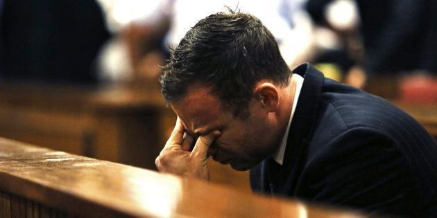 Oscar Pistorius é condenado pelo homicídio culposo da namorada Reeva