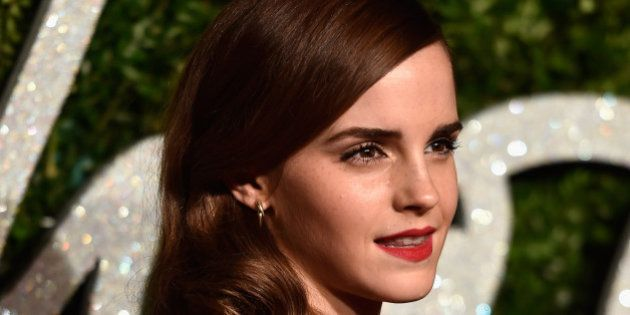 Emma Watson manda tweet de agradecimento a Steve Carell por