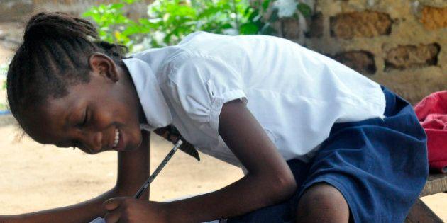 Organização Mundial da Saúde declara fim da epidemia de Ebola na