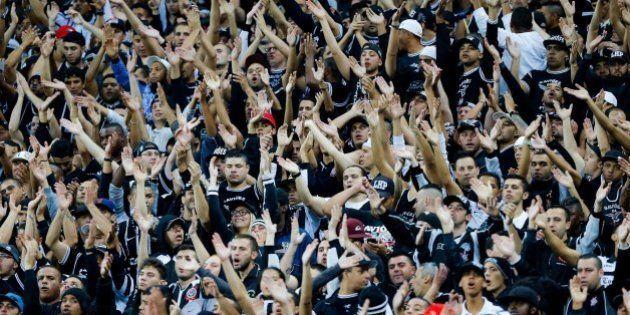 Corinthians divulga manifesto contra