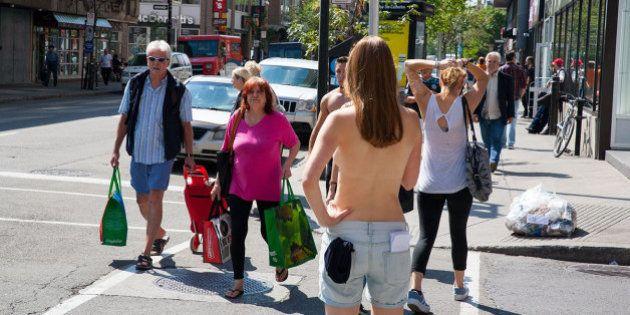Isto é o que acontece quando uma mulher faz topless pelas ruas de Montreal, no Canadá