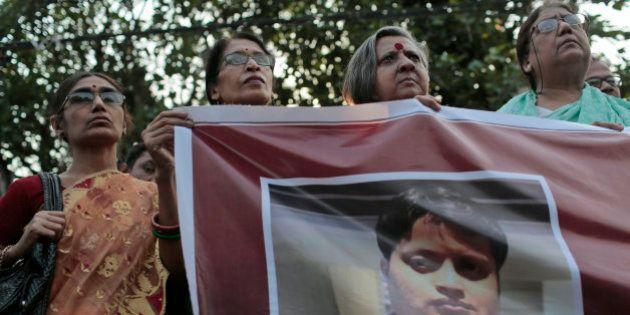Blogueiro que criticava extremismo religioso é morto a golpes de facão em Bangladesh; caso é o terceiro...