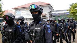 Indonésia transfere estrangeiros para local da