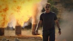 Schwarzenegger vai explodir um monte de coisas para financiar projeto