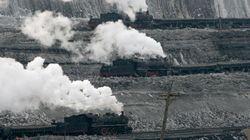 O mundo lançou mais poluentes de carbono no ar no ano passado do que em toda a