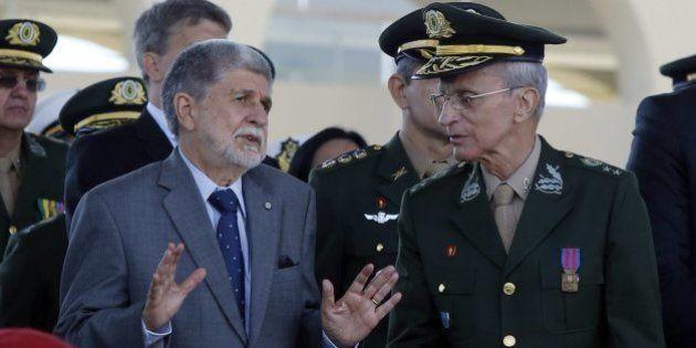 Ministro da Defesa, Celso Amorim, diz à CNV que militares não negam violações de direitos