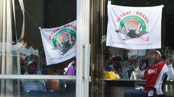 Manifestantes deixam Ministério da Fazenda após dialogar com