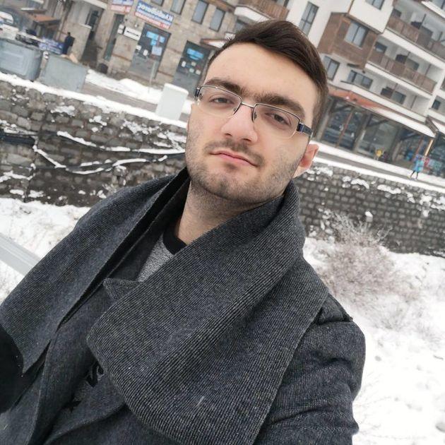 Ο Γιάννης Μπουσάκας είναι μόλις 20 ετών, λατρεύει τη μετεωρολογία και πέφτει μέσα στις προβλέψεις