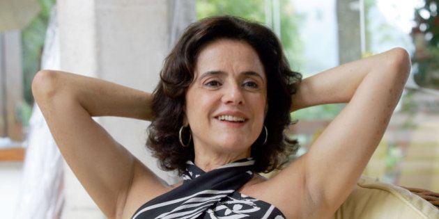 Marieta Severo diz que País vive retrocesso e defende estado