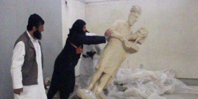Militantes do Estado Islâmico arrasam antiga cidade assíria de Nimrud, no