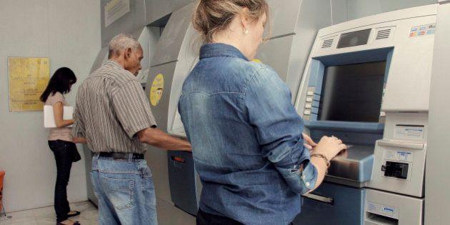 9 serviços que todos os bancos devem oferecer gratuitamente aos