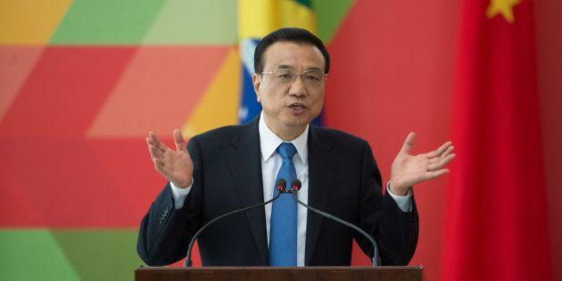 O primeiro-ministro da China, Li Keqiang, durante declaração à imprensa com a presidenta Dilma Rousseff,...