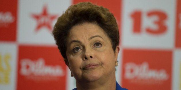 Dilma defende ajustes econômicos feitos pelo governo; Parte da população reage com
