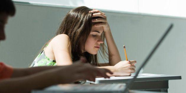 Cobrança exagerada por resultados pode tornar jovem inseguro, diz