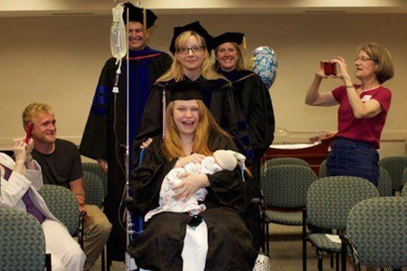 Aluna entra em trabalho de parto um dia antes de formatura e é surpreendida com cerimônia no