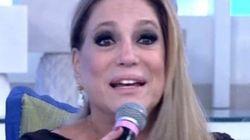 Mas o quê?! Ao vivo, Susana Vieira manda beijo para José