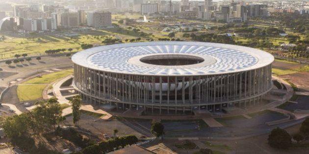 Estádio Mané Garricha vai abrigar escritórios do governo local na tentativa de conter gastos em meio...