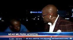 ASSISTA: Repórter é assaltado em frente às câmeras na África do