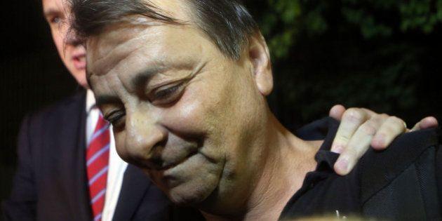 Cesare Battisti é solto pela Justiça Federal após passar sete horas detido em São