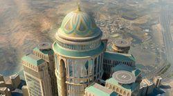 Maior hotel do mundo está sendo construído em Meca; confira detalhes