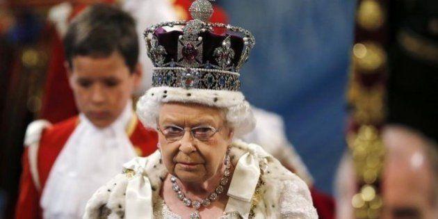 Rainha Elizabeth confirma plano de referendo sobre permanência do Reino Unido na União