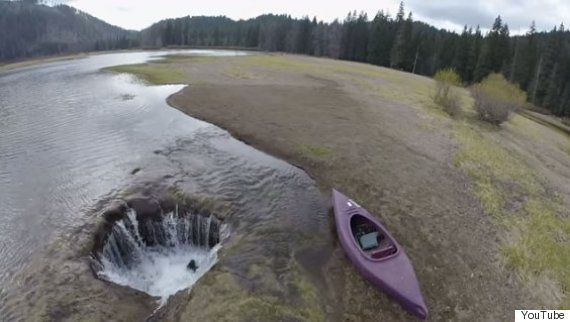 'Lago Perdido' de Oregon está sendo sugado por um grande buraco, e agora sabemos o