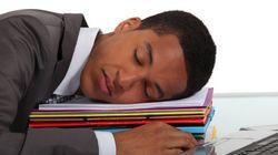 Falta de sono interfere mais na produtividade do que o
