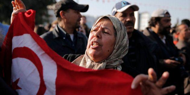 Estado Islâmico assume autoria de ataque contra museu na Tunísia; incidente matou 23