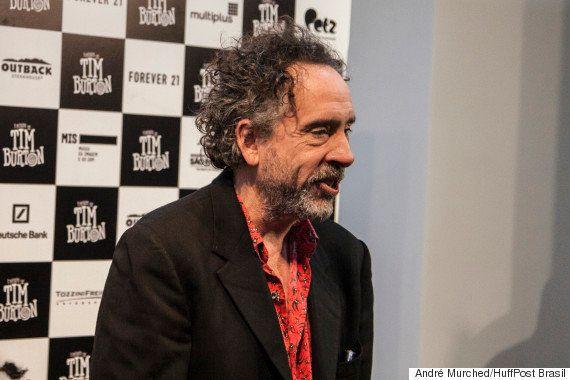 Tim Burton diz que desigualdade salarial em Hollywood 'é um dos mistérios da