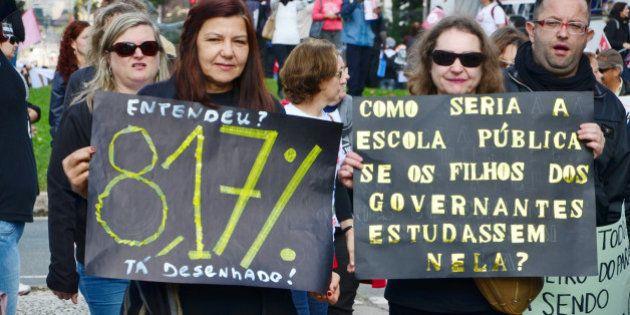 Professores do Paraná decidem pelo fim da greve após 44 dias; Justiça rejeita ação contra supostos 'black
