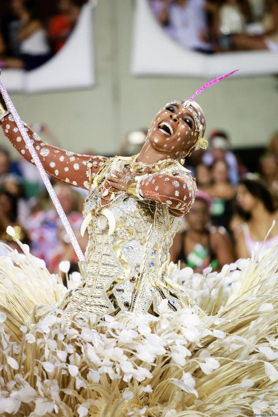 6 motivos que fizeram a vitória da Mangueira no Carnaval do Rio mais do que